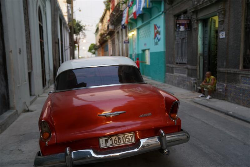Sep 2017 - Vintage car in  Havana (3)