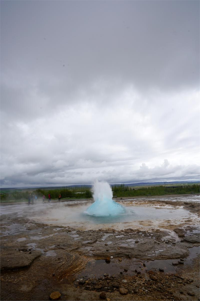 May 2017 - Strokkur ready to explode