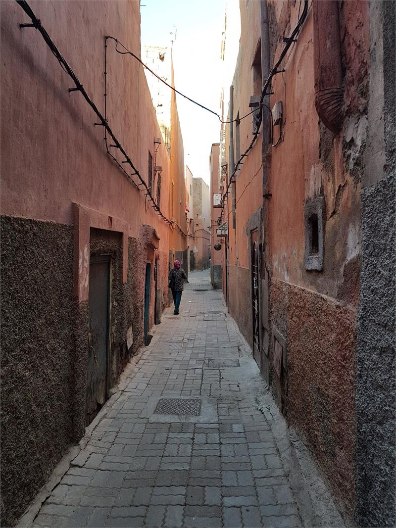 Apr 2020 - The narrow streets